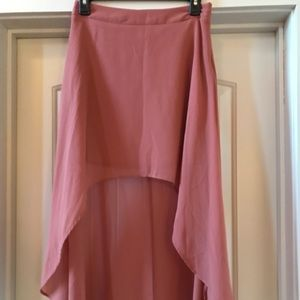 Mullet style blush skirt
